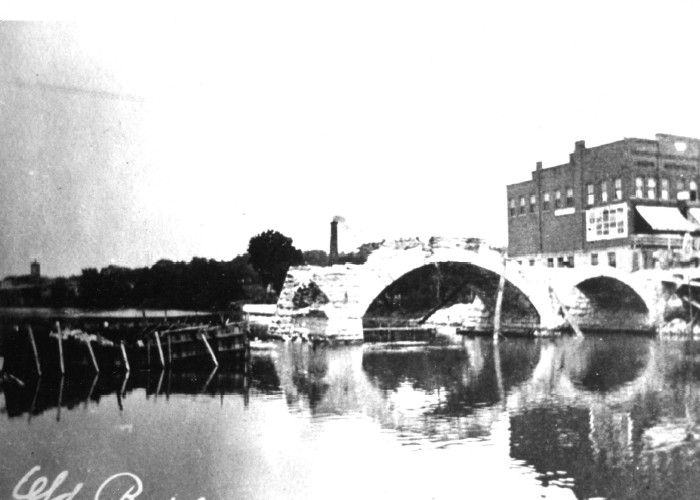 "The demolition of the ""Old Stone Bridge"""